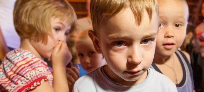 обрыва, Продлили ли возраст детей сирот по социальным льготам жизнь